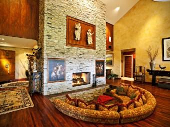 Атмосфера уюта и комфорта: Камин в интерьере