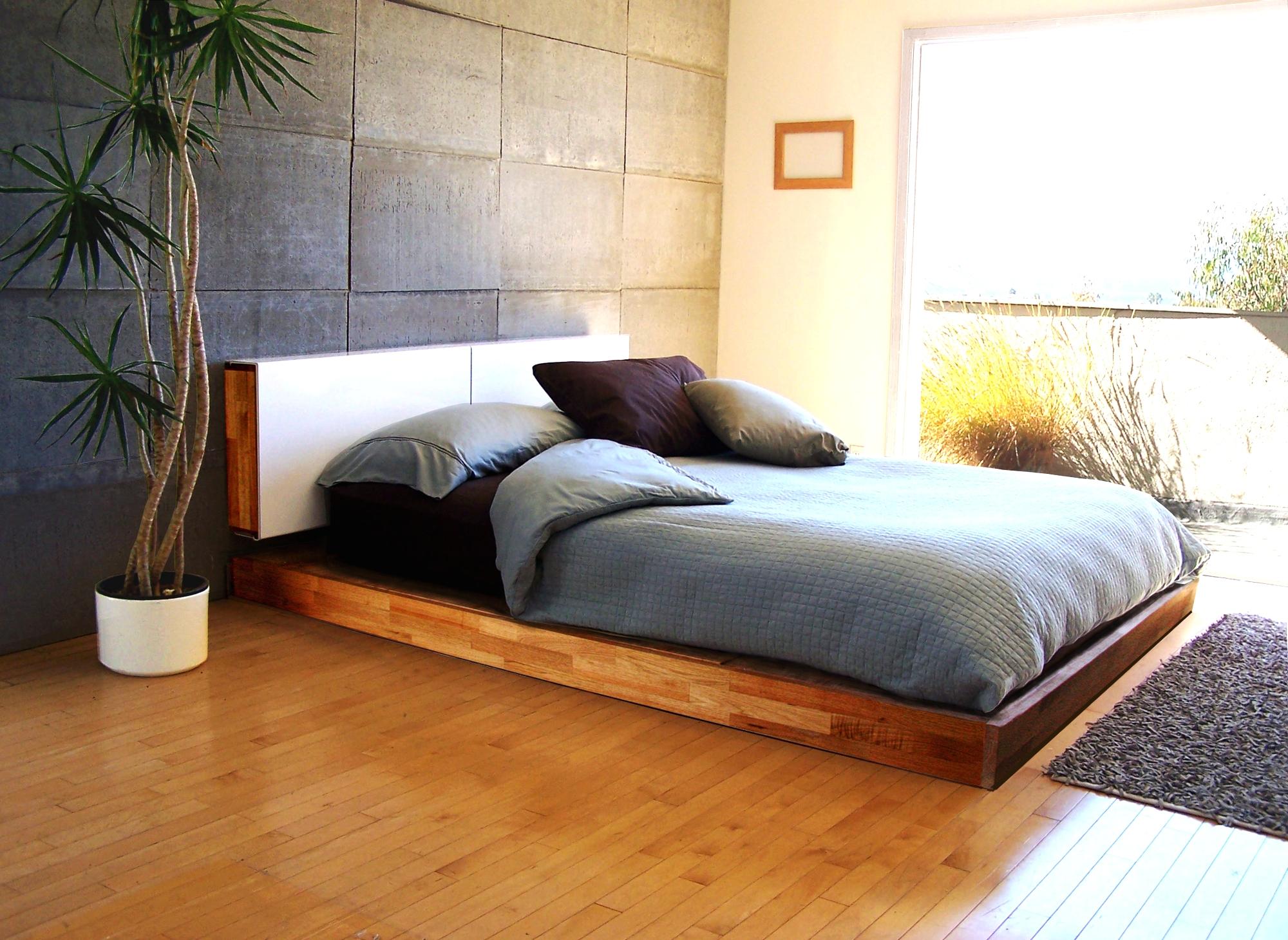 Как сделать кровать на подиуме