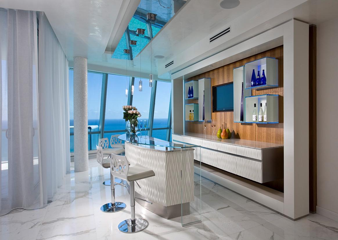 Дизайн интерьера двухэтажной квартиры Jade Ocean