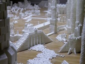 Полмиллиона кубиков рафинада для строительства города.